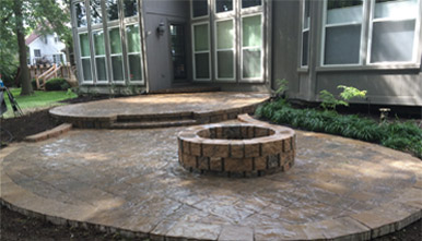 hardscaping-outdoor-fire-pit